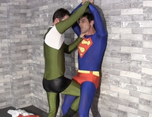 superman-submits